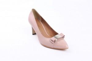 pink-shoe-589193_640